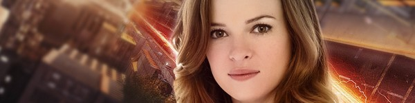 Danielle Panabaker Super Heroes Con